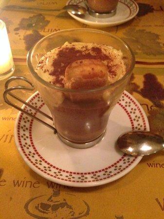 Le Fanfaron Bistrot : Home Made Tiramisu