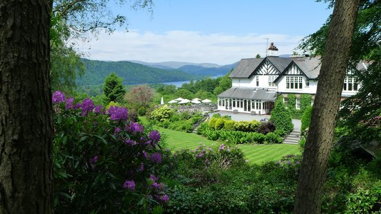 Linthwaite House : View of Linthwaite from the grounds overlooking Lake Windermere