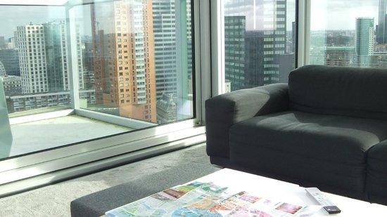 Urban Residences Rotterdam : Wohnbereich