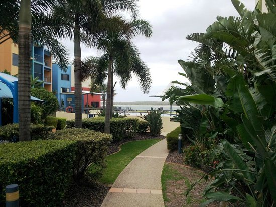 Breakfree Grand Pacific Resort Sunshine Coast: Garden