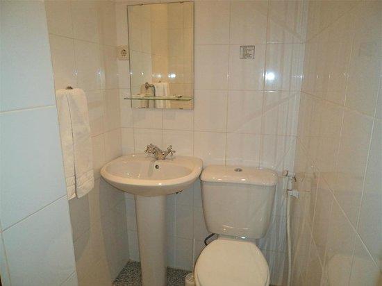 Hotel Porto Nobre: Casa de banho privativa