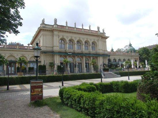 NH Wien Belvedere: Курзал в Городском парке