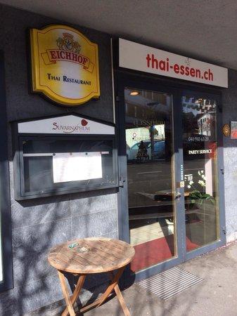 Suvarnahpum Thai-Restaurant