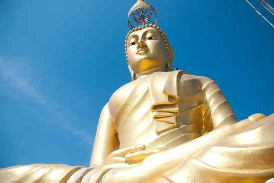 Tiger Cave Temple (Wat Tham Suea) : Будда на вершине скалы