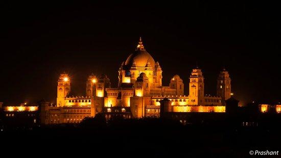Hanwant Mahal : Umaid Bhavan from the restaurant terrace