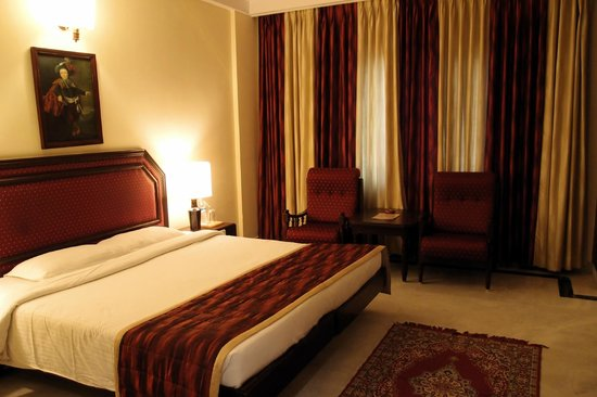 Anandha Inn Convention Centre & Suites: chambre 501