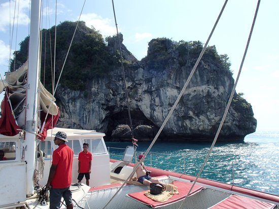 Catchasam Catamaran Charter: 5 Islands