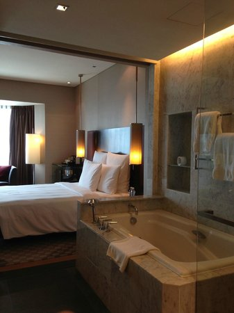 Hilton Kuala Lumpur: .