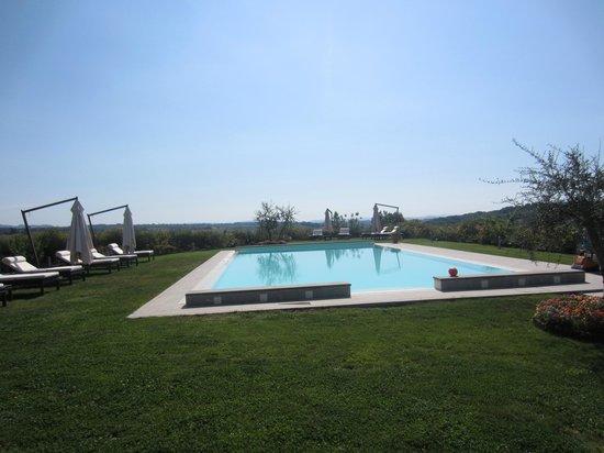 Villa il Castagno Wine Resort & Restaurant: la piscine