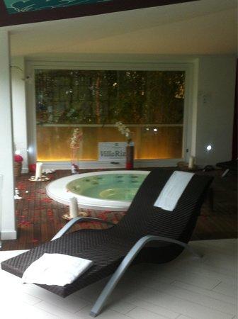 Villa Rizzo Resort & SPA : La Jacuzzi nella Spa