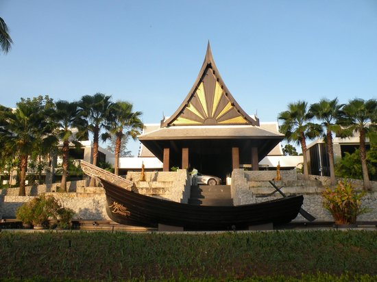 Natai Beach Resort & Spa, Phang-Nga: maikhao