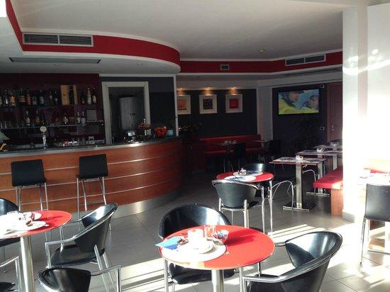 Hotel Domus Expo: bar