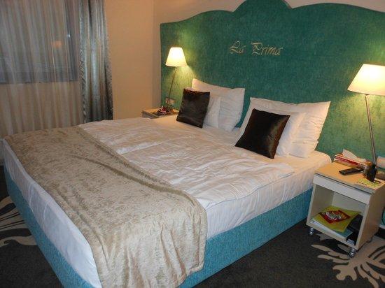 La Prima Fashion Hotel : Our room