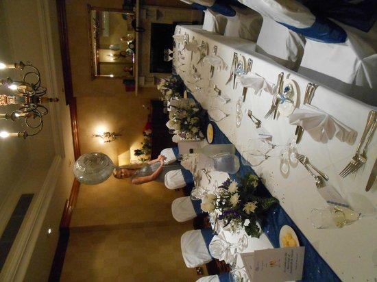 The Queens - Leeds: Boardroom set up for meal