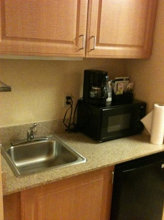 Holiday Inn Express Seattle City Center: King bed suite кухня