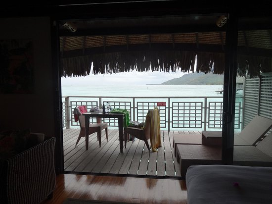 Hilton Moorea Lagoon Resort & Spa : View from insider our room
