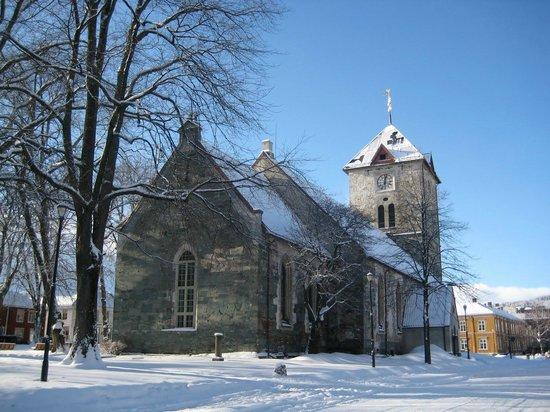 Glassgarden Brasseri & Grill : Iglesia ortodoxa Trondheim