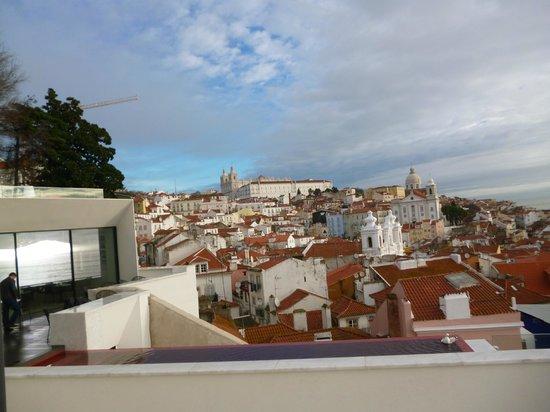 Memmo Alfama Hotel: Les toits de l'Alfama
