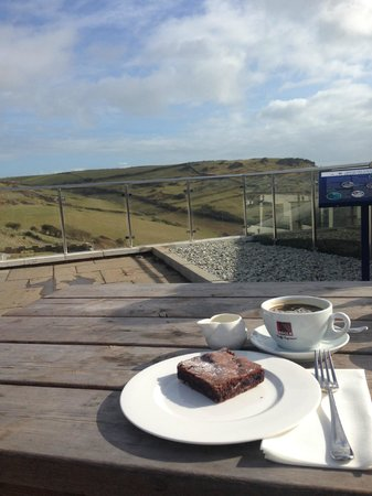 cafe-ODE at Gara Rock: Coffee and cake with a view