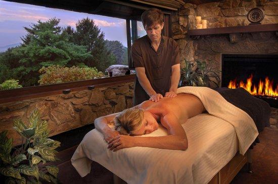 The Omni Grove Park Inn Spa: Massage in the Mountain View Pagoda