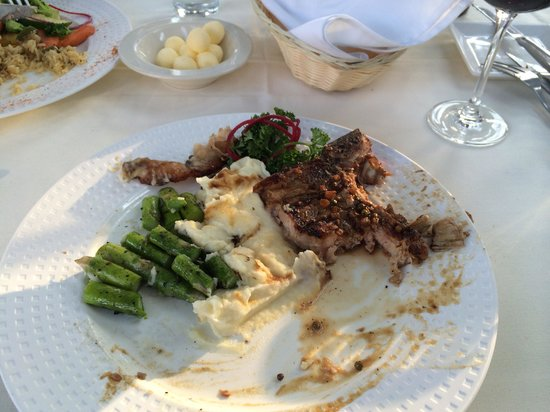 Old South Mountain Inn : Steak with peppercorn sauce