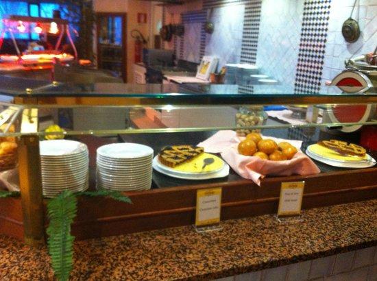 Holiday Inn Milan - Assago: breakfast