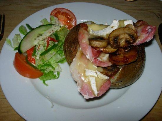 Tichborne Arms: Jacket potato: bacon, brie. mushrooms