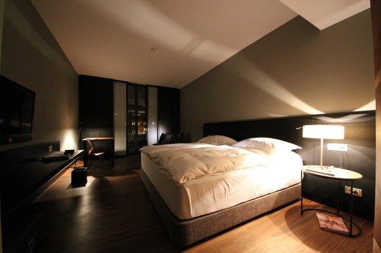 Alma Barcelona: Comfortable bedroom