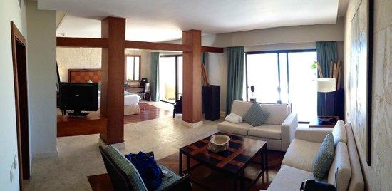 Island suite picture of sanctuary cap cana by alsol for Sanctuary cap cana honeymoon suite