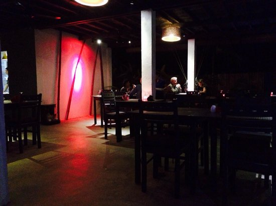 Mie Cafe: View of dining area