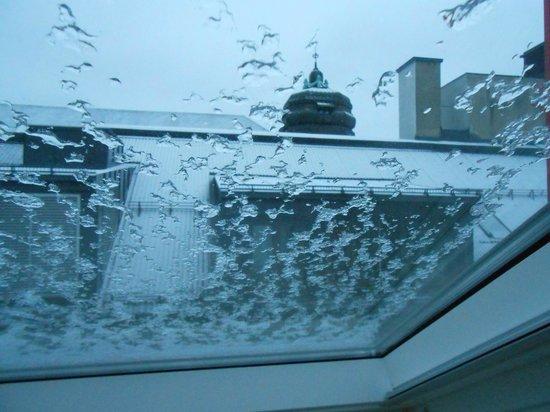 Citybox Oslo: Окно выходит во внутренний двор