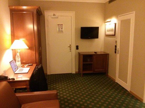 Hotel Bristol: Living room