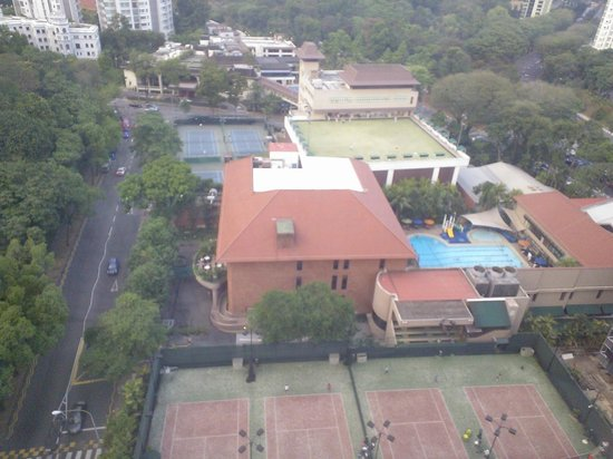 8 on Claymore Serviced Residences : view from room - american club