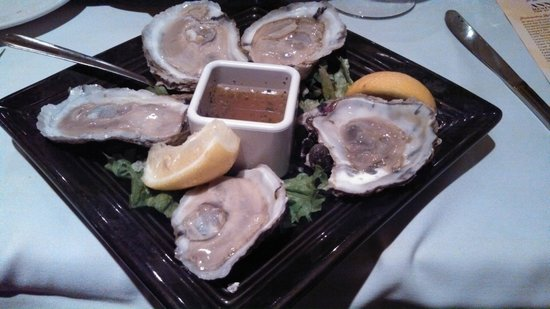 Paul's Homewood Cafe: oysters!!