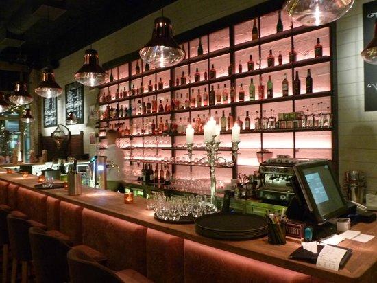 Apostolok: The bar, as you walk in