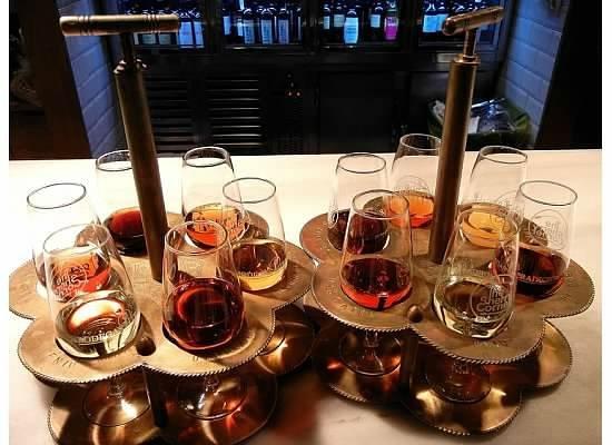 Degustación de Jerez en The Sherry Corner en el Mercado de San Miguel: Sherry Sampling