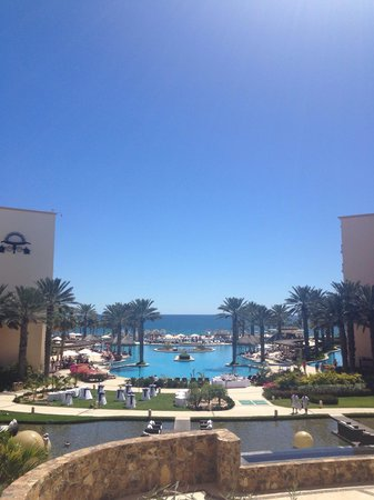 Hyatt Ziva Los Cabos: Looking out from the hotel lobby