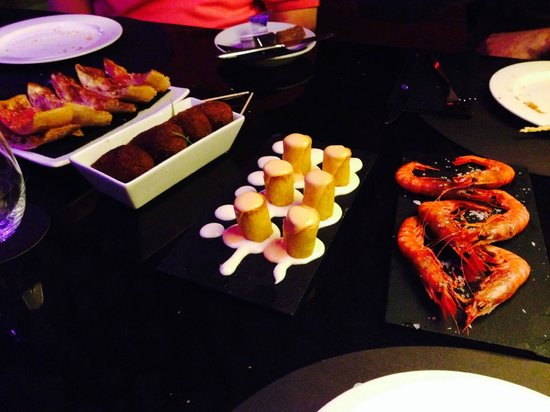 Barcelo Raval: Tapas at the Hotel