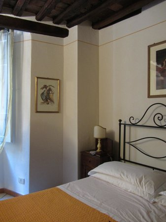 Bed and Breakfast Alle Due Porte: Camera