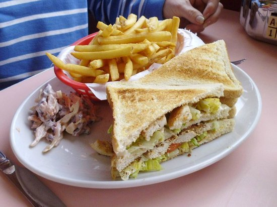 Mimi's Vintage Diner: Now that is what you call a sandwich