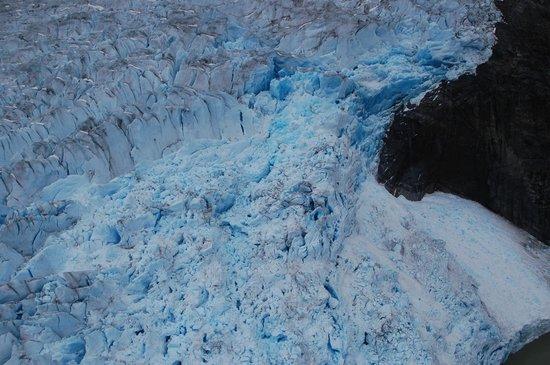 Taku Glacier Lodge & Wings Airways : Aerial view of glaciers