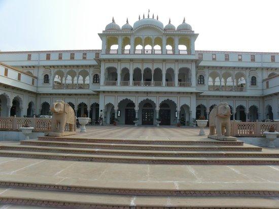 Rambagh Palace: autre vue de l'hotel