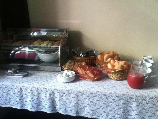 Casa MangoMango: More breakfast