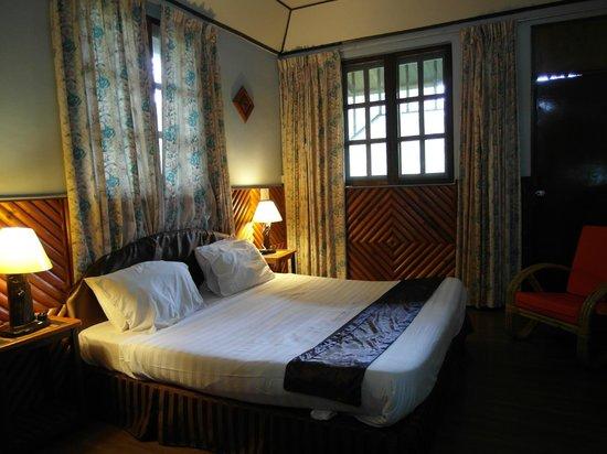 Sepilok Jungle Resort: Deluxe Room