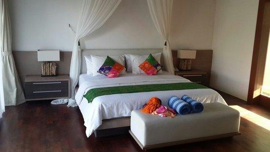 Water Edge Villa: Tempat tidur yang nyaman