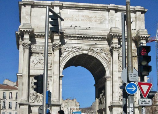 Marseille Provence Greeters - Private Tours : The the Porte d'Aix