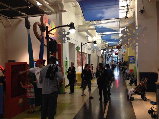 Glazer Children's Museum : Second Floor activities