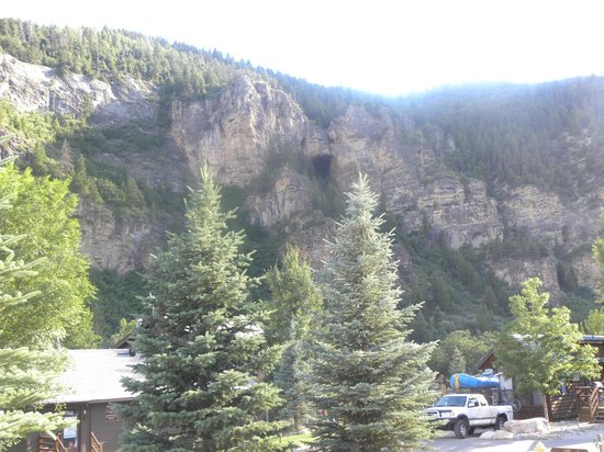 Glenwood Canyon Resort : View of Canyon