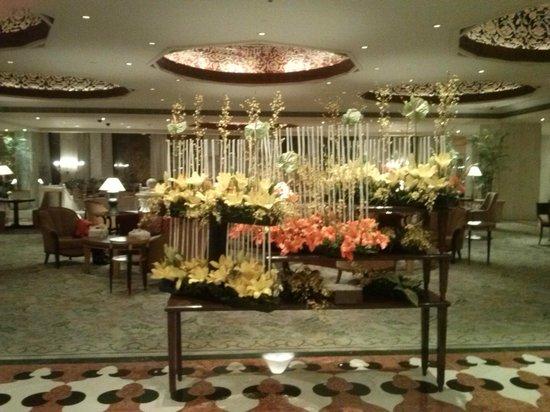 Taj Mahal Hotel: entré de l'hotel