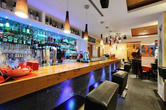 Matisse Bistro American Lounge Bar